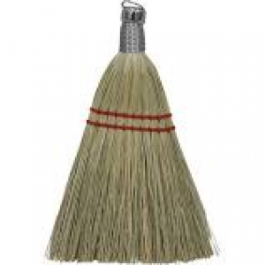 1440 - WHISK BROOM