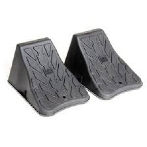7000100 - WHEEL CHOCKS 2 PC SET